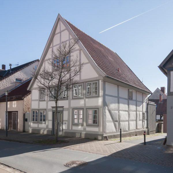 1704 Rampendahl