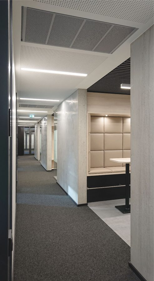 Verwaltungsgebäude Am Lindenhaus - Flur 1. OG