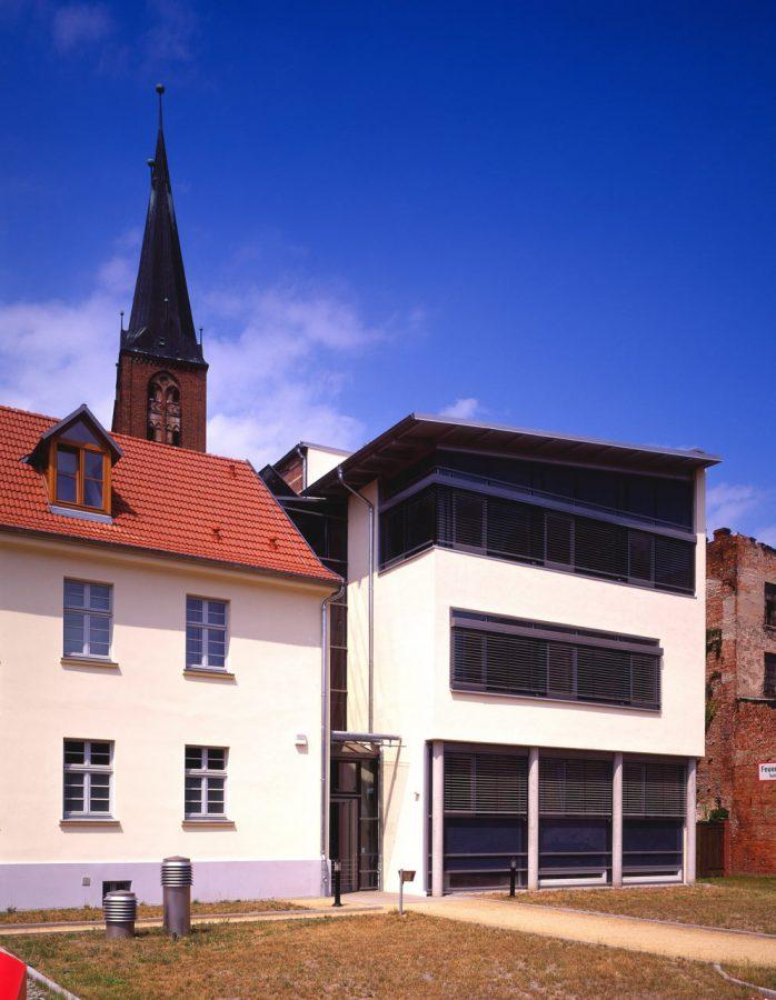 9814 Stadthaus Stendal 01