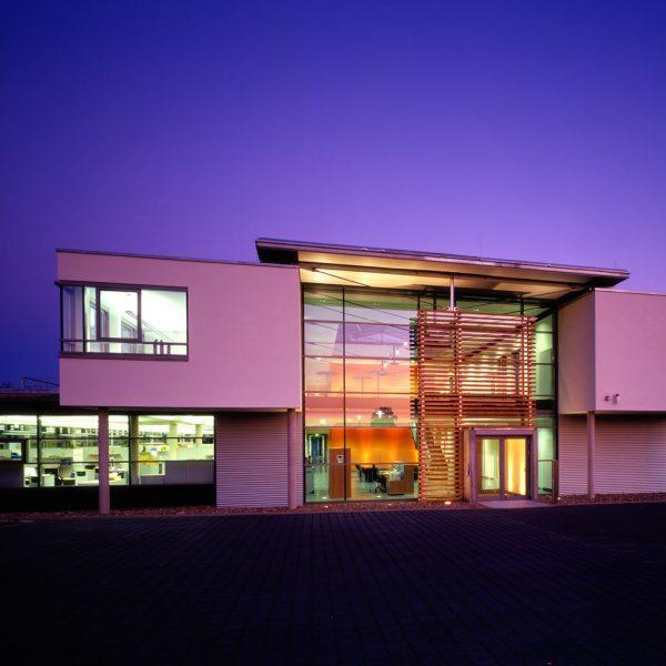0201 Verwaltungsgebäude Pronorm 05