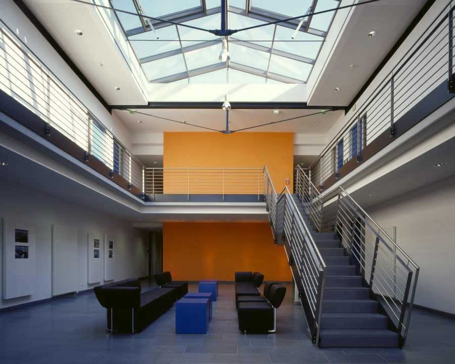 0201 Verwaltungsgebäude Pronorm 08